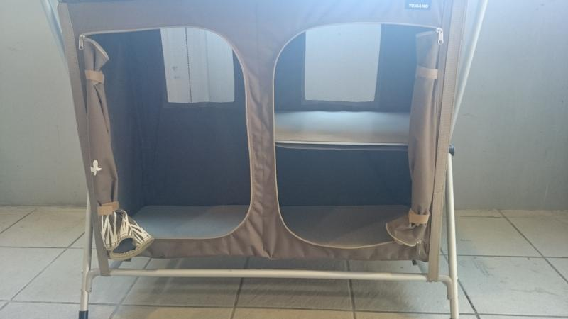 meuble cuisine camping car vente camping car neuf et occasion lan on de provence midi 13 loisirs. Black Bedroom Furniture Sets. Home Design Ideas
