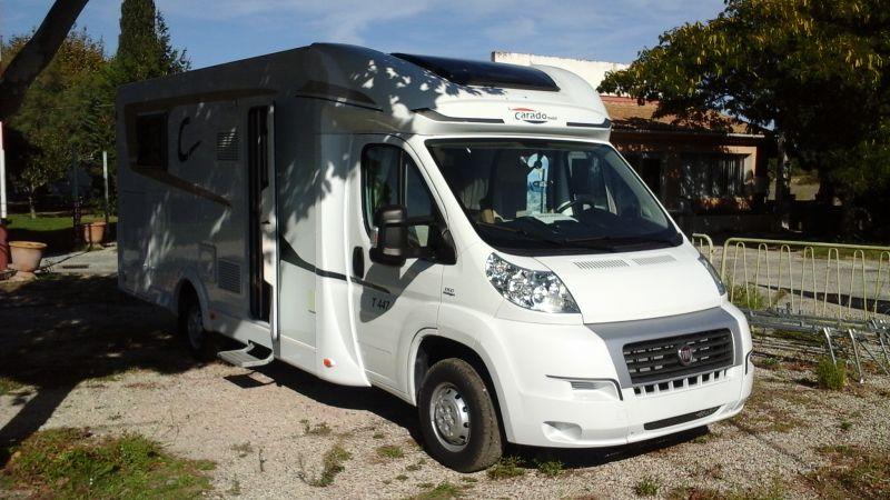 vend camping car carado t 447 neuf vente de caravanes lan on de provence midi 13 loisirs. Black Bedroom Furniture Sets. Home Design Ideas