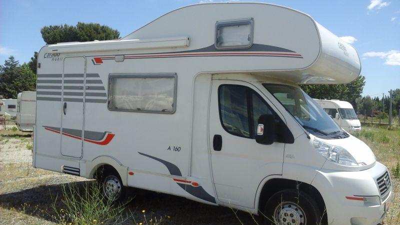 vend camping car 4 places carado a160 vente de caravanes lan on de provence midi 13 loisirs. Black Bedroom Furniture Sets. Home Design Ideas