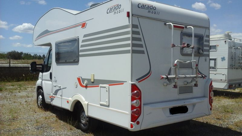 vend camping car 4 places carado a160 vente de caravanes lan on de provence midi 13 loisirs. Black Bedroom Furniture Sets. Home Design Ideas