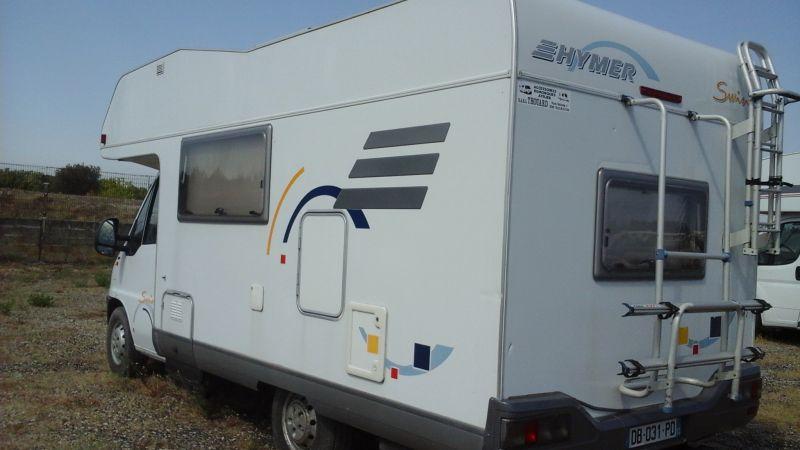 vend camping car capucine hymer vente de caravanes lan on de provence midi 13 loisirs. Black Bedroom Furniture Sets. Home Design Ideas
