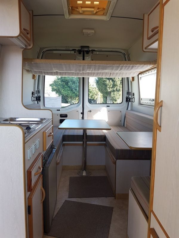 vend fourgon am nag renault master vente de caravanes lan on de provence midi 13 loisirs. Black Bedroom Furniture Sets. Home Design Ideas
