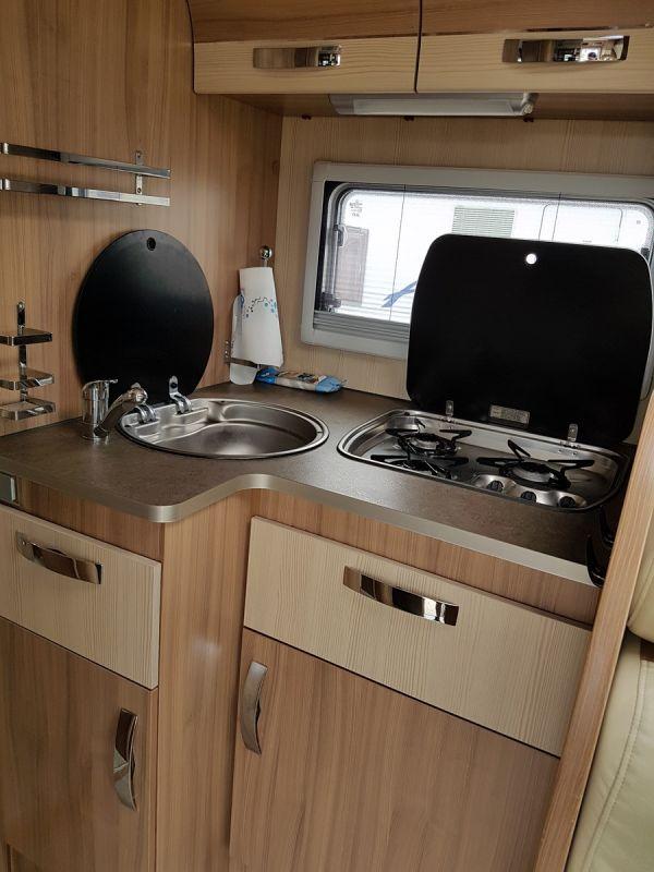 Vendu camping car pilote g740 vente camping car neuf et occasion lan on de provence midi 13 - Camping car salon de provence ...