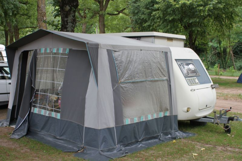 Vend rapido club 30 vente de caravanes lan on de - Location camping car salon de provence ...
